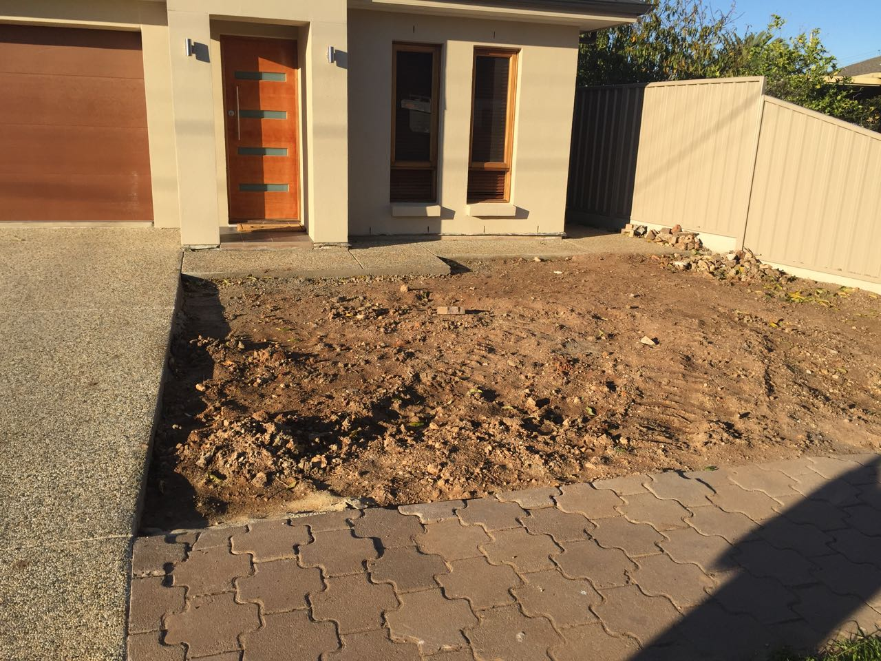 Northgate - Preparing Front Yard For Concrete Tiled Pathway